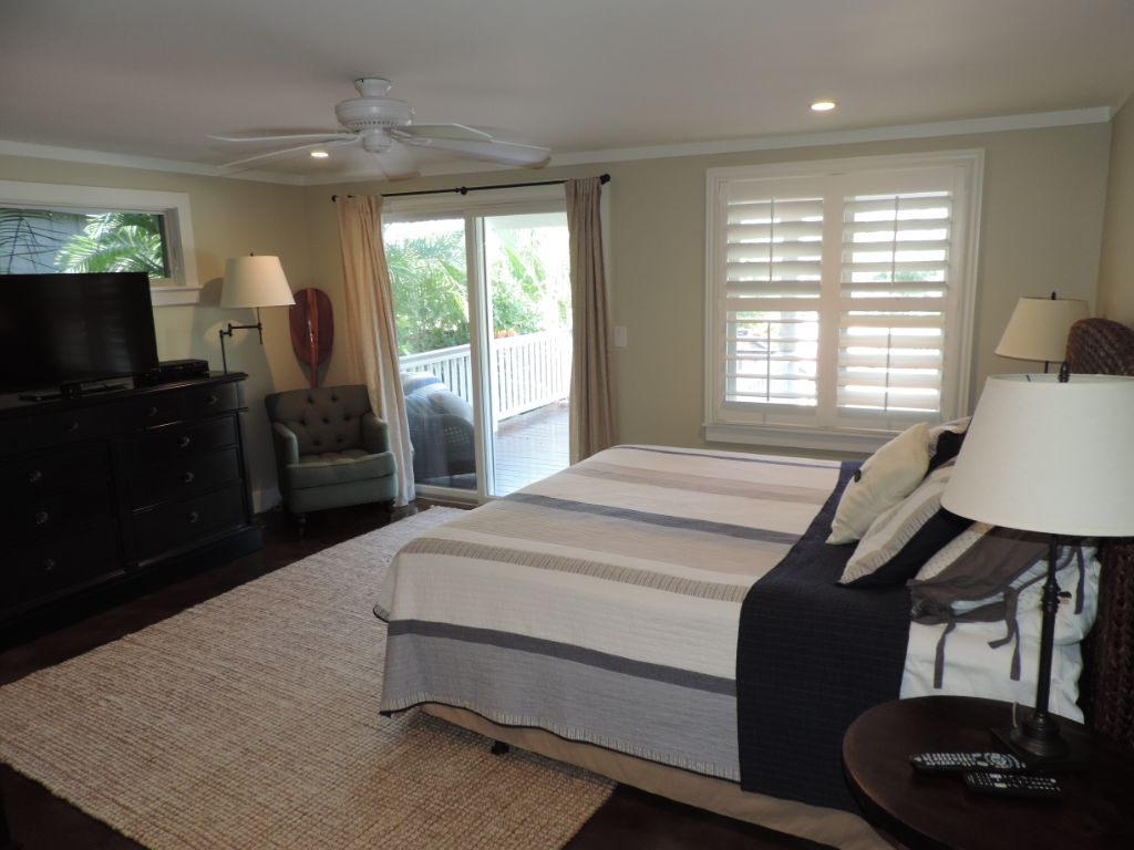 Guest suite downstairs black point.JPG